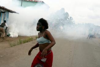 Manifestations dans les rues de Yopougon
